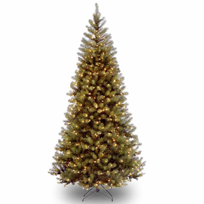 7 1/2 Ft. Aspen Spruce Hinged Christmas Tree with 450 Clear Lights