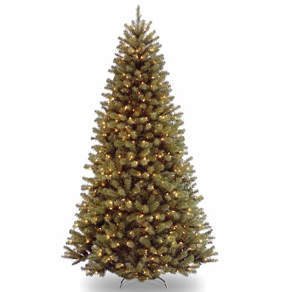 7 1/2 Ft. North Valley Spruce Christmas Tree with 550 Clear Lights