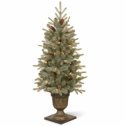 4 Ft. Frosted Spruce Entrance Christmas Tree with 100 Clear Lights