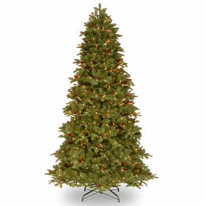 7 1/2 Ft. Feel-Real Oakridge Christmas Tree with 650 Clear Lights