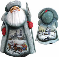 Artistic Wood Carved Santa Claus Holiday Expedition Sculpture