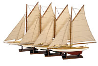 Set of 4 Mini Pond Yachts