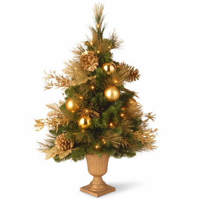 3 Ft. Entrance Christmas Tree in 9 In. Plastic Pot w/ 50 Clear Lights