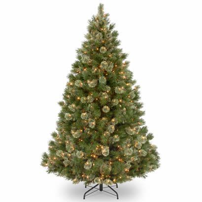 7 1/2 Ft. Wispy Willow Grande Christmas Tree with 750 Clear Lights