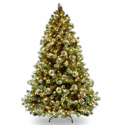 7 1/2 Ft. Wintry Pine Hinged Christmas Tree with 750 Clear Lights