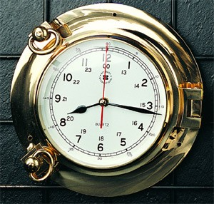 Brass Porthole Quartz Clock