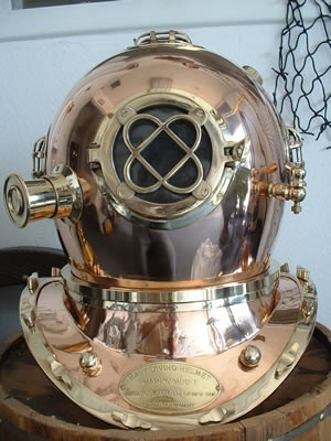 "18"" Polished Brass & Copper Mark V Dive Helmet (Standard)"